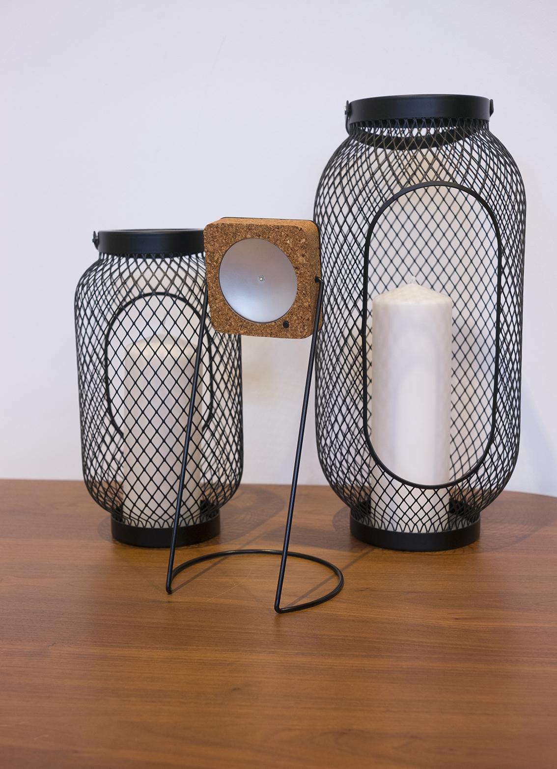 HeyJool JoolSolar+ lamp and charger